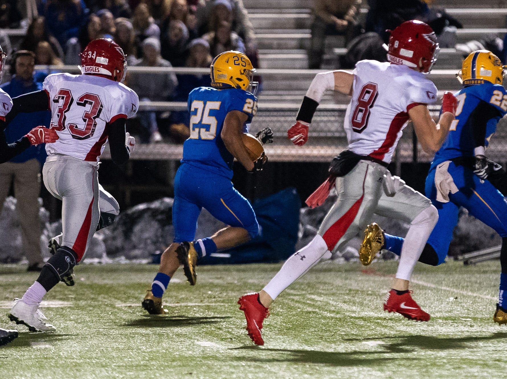 Middletown's Jose Lopez (25) rushes down the field for a touchdown during the first half of the District 3 Class 3A championship game between Bermudian Springs and Middletown, Saturday, Nov. 17, 2018, at Cedar Crest High School. Middletown leads Bermudian Springs 28-6 at the half.