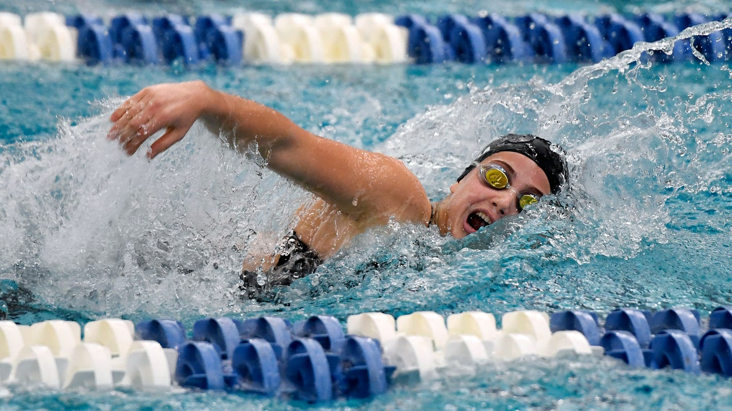AGR: All-Greater Rochester Girls Swimming and Diving Team