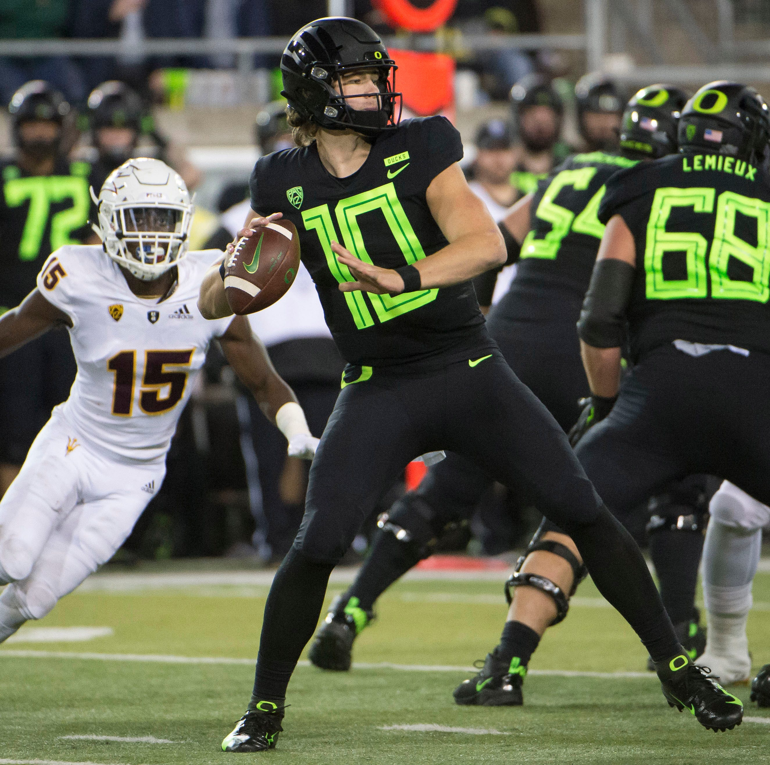 Oregon Ducks: Did Autzen Stadium just see the last of Justin Herbert?