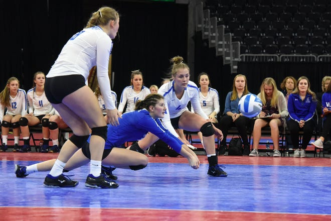 Warner's Laura Ochsner (2) bumps the ball during a match against Northwestern, Saturday, Nov. 17, 2018, at the Denny Sanford Premier Center in Sioux Falls, S.D.
