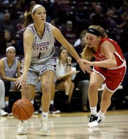 The Missouri State Lady Bears' Danielle Gitzen looks for an open teammate against Ball State University at JQH Arena in Springfield on November 17, 2018.