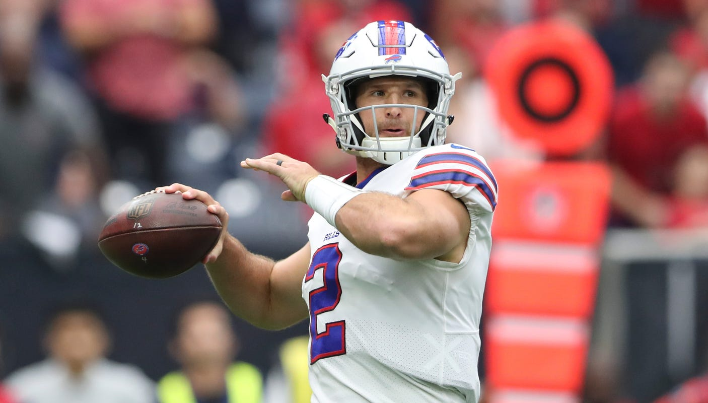 Detroit Lions Work Out Released Bills Qb Nathan Peterman