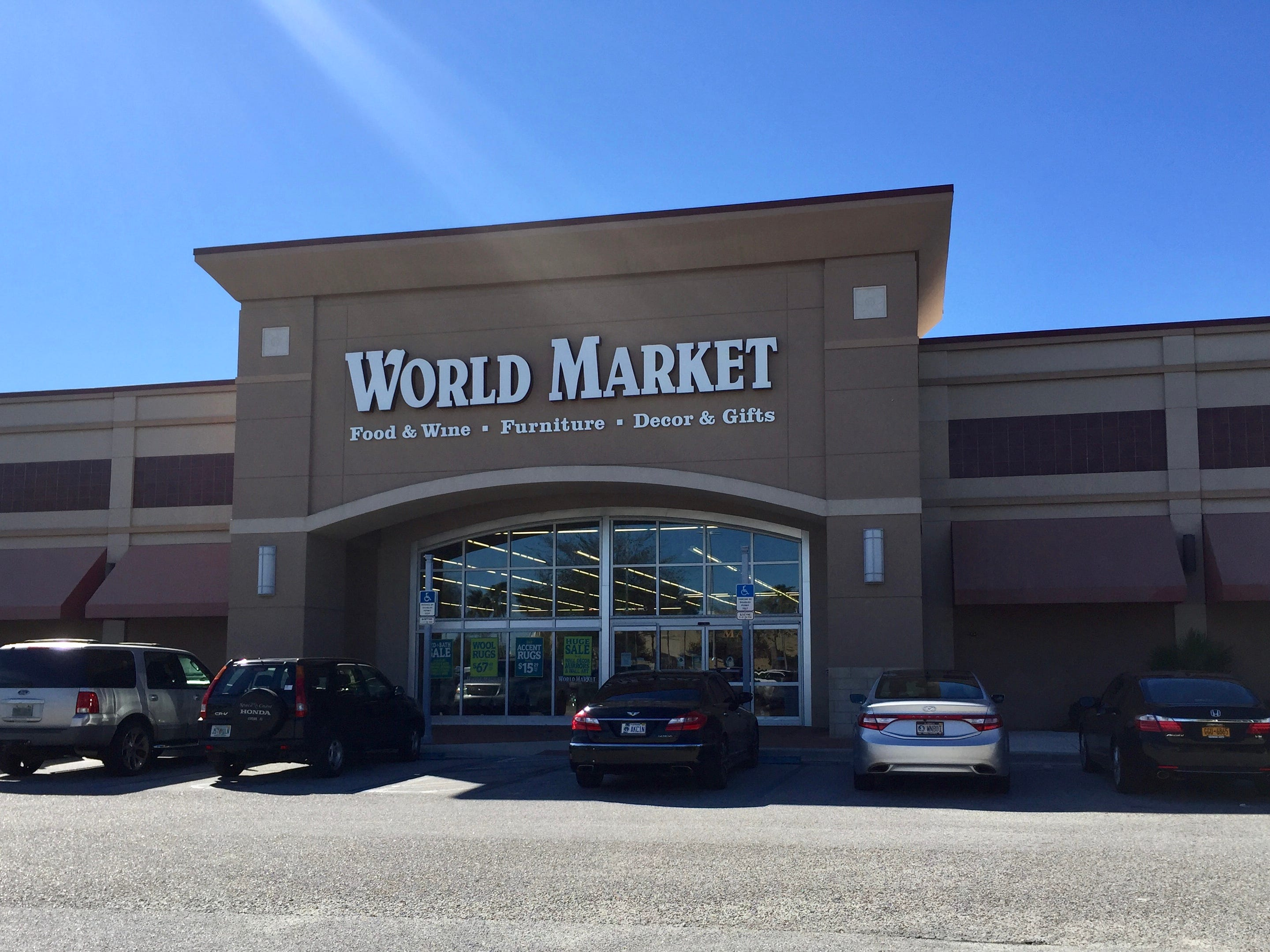 World Market will be closed Thanksgiving and will have giveaways to early shoppers on Black Friday through Nov. 25.