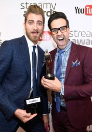 """Internet personalities Rhett McLaughlin (L) and Charles Lincoln """"Link"""" Neal, winners of the Comedy award for """"Good Mythical Morning,"""" pose backstage during the 6th annual Streamy Awards on October 4, 2016 in Beverly Hills, California."""