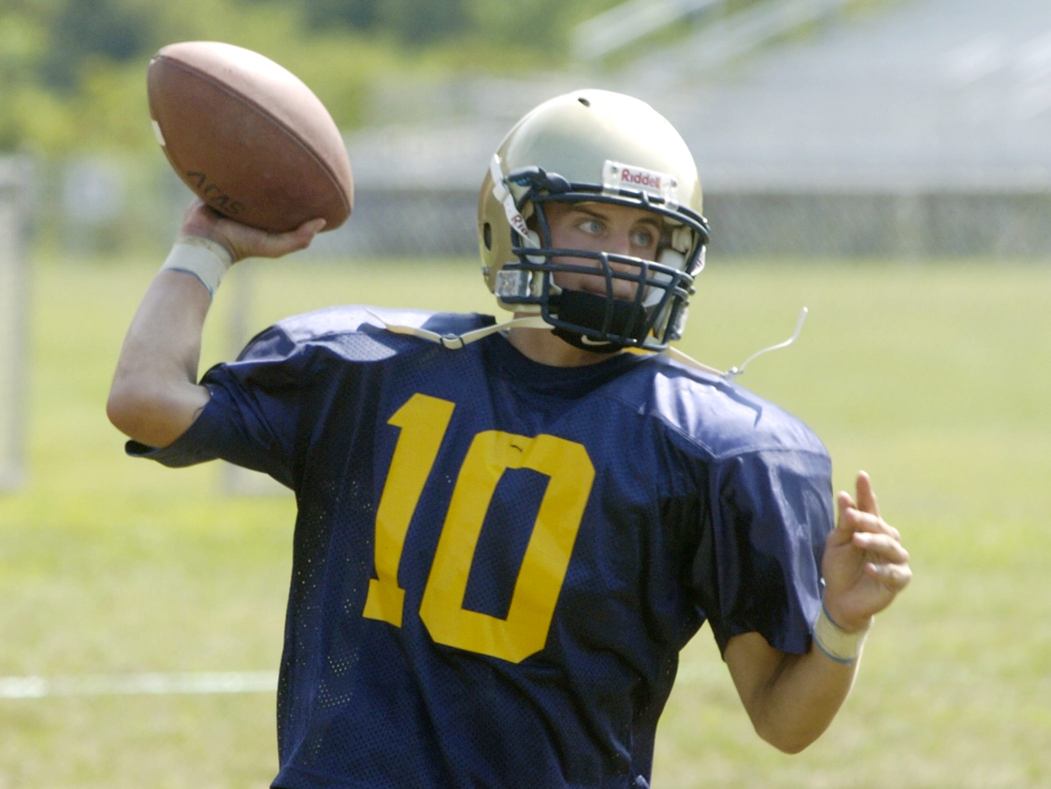 From 2006: Susquehanna Valley's Eric Novobilski throws during practice Thursday at the high school.