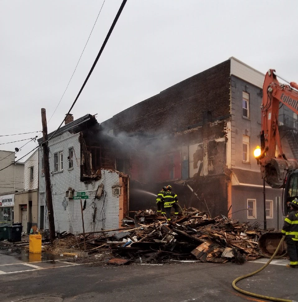 Perth Amboy: Explosion sparks four-alarm fire destroying business, displacing residents