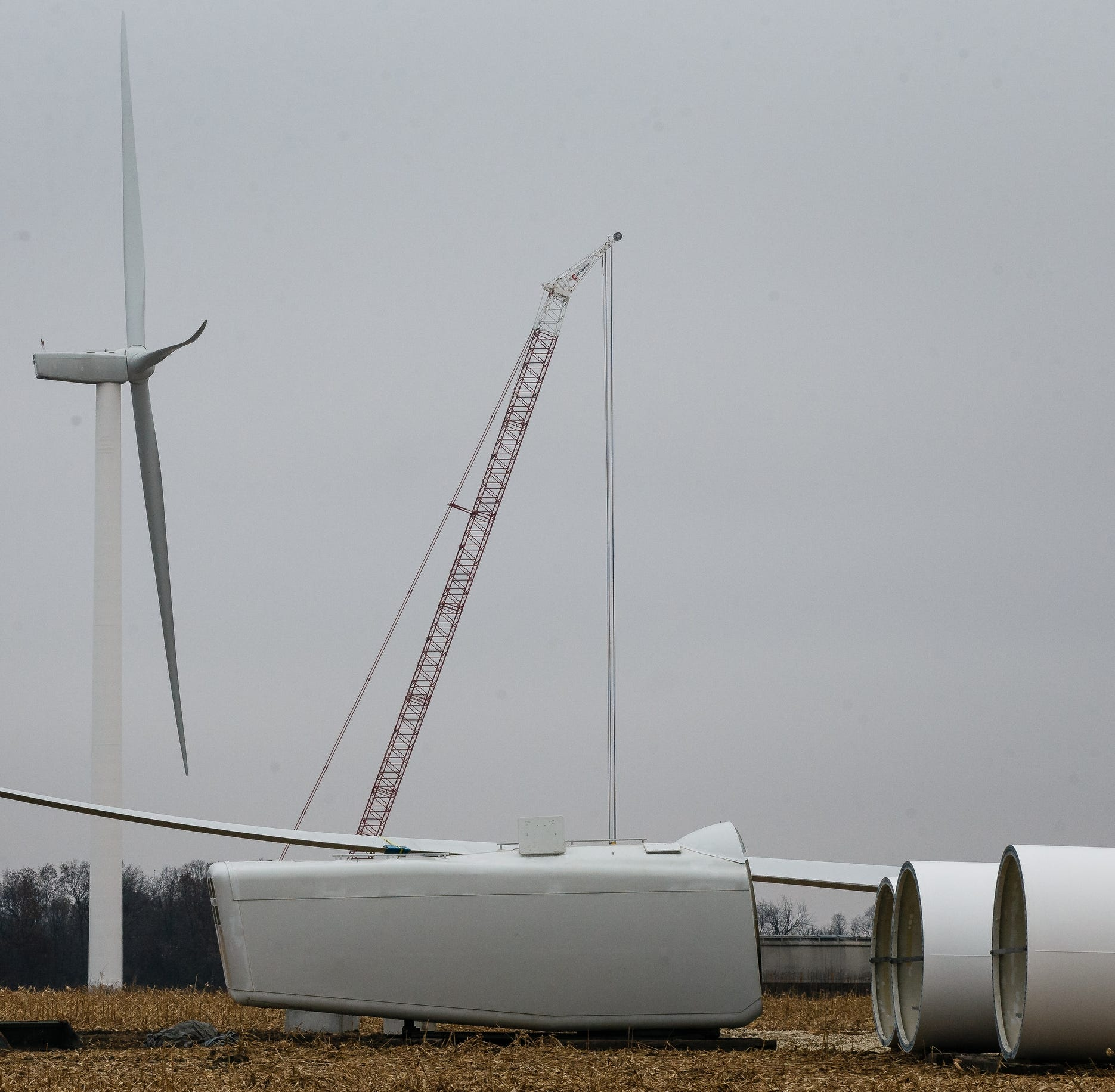Neighbors in eastern Iowa fight to bring down turbines — and win