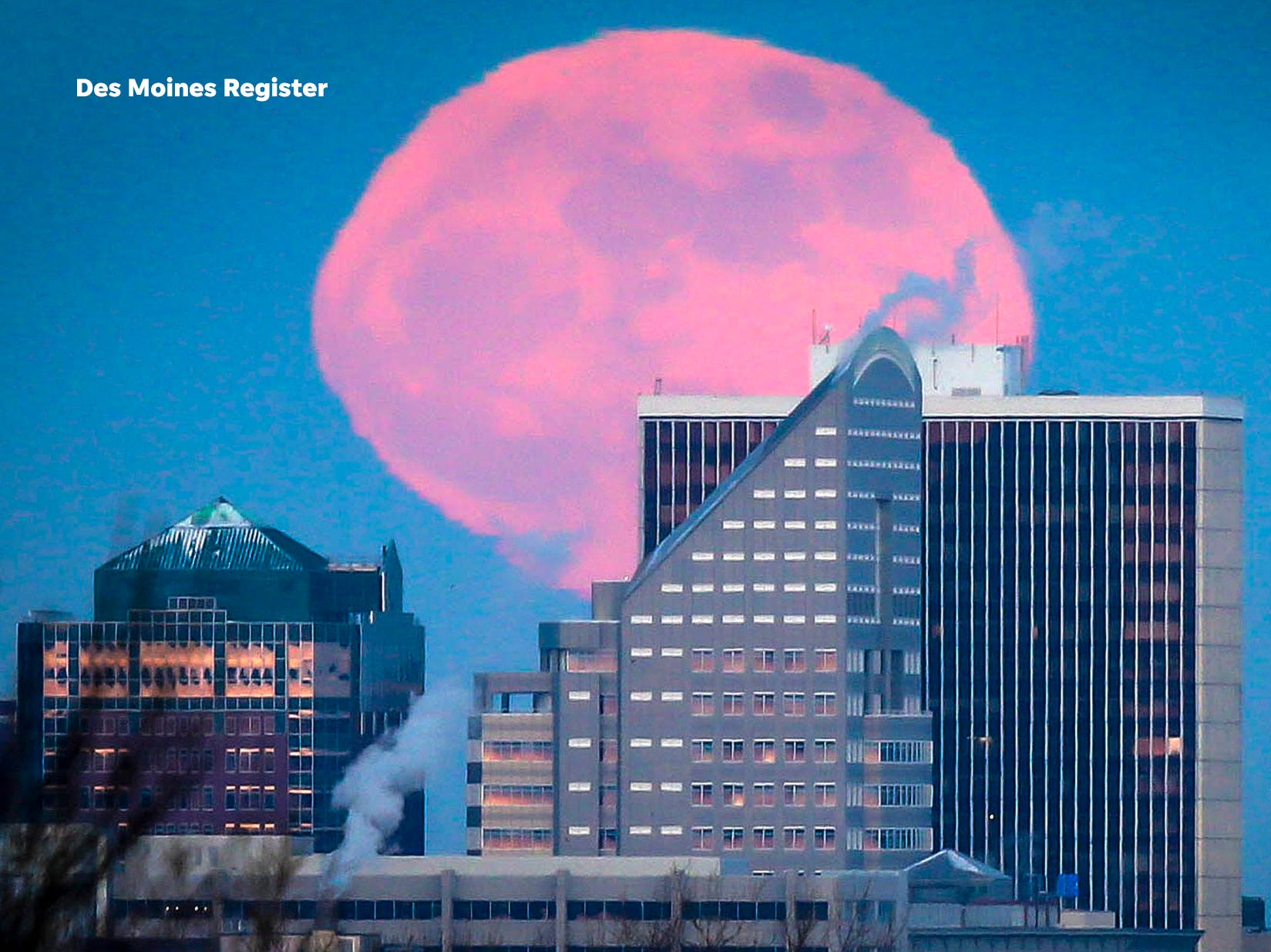 "<b>January:</b> A supermoon rises over downtown Des Moines. The Register's 2019 photo calendar is available for $18 at <a href=""https://shopdmregister.com/collections/photo-gifts/products/2019-des-moines-register-photo-calendar?utm_source=desmoinesregister&utm_medium=link&utm_campaign=launch_gallery"" target=""_blank"">ShopDMRegister.com. </a>"
