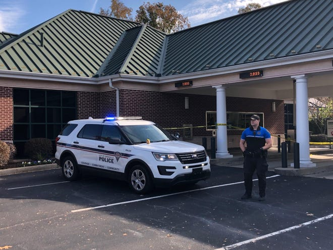 Greenville police were investigating an armed robbery of a bank on N. Pleasantburg Drive Monday morning. Nov. 19, 2018