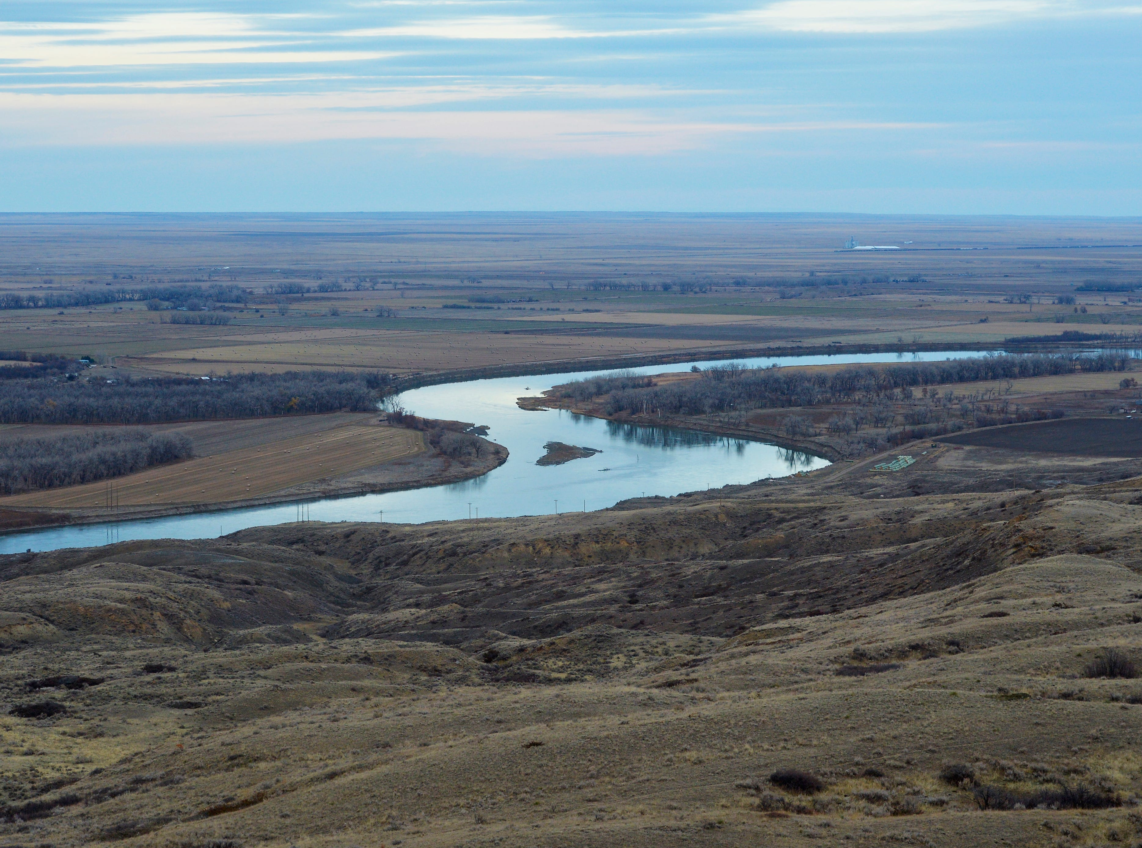 The Keystone XL Pipeline will cross the Missouri River near its confluence with the Milk river in Vallley County, Mont.  Horizontal directional drilling will be used for the 2,592 foot-crossing.  The pipeline will be buried 53 feet below the river.