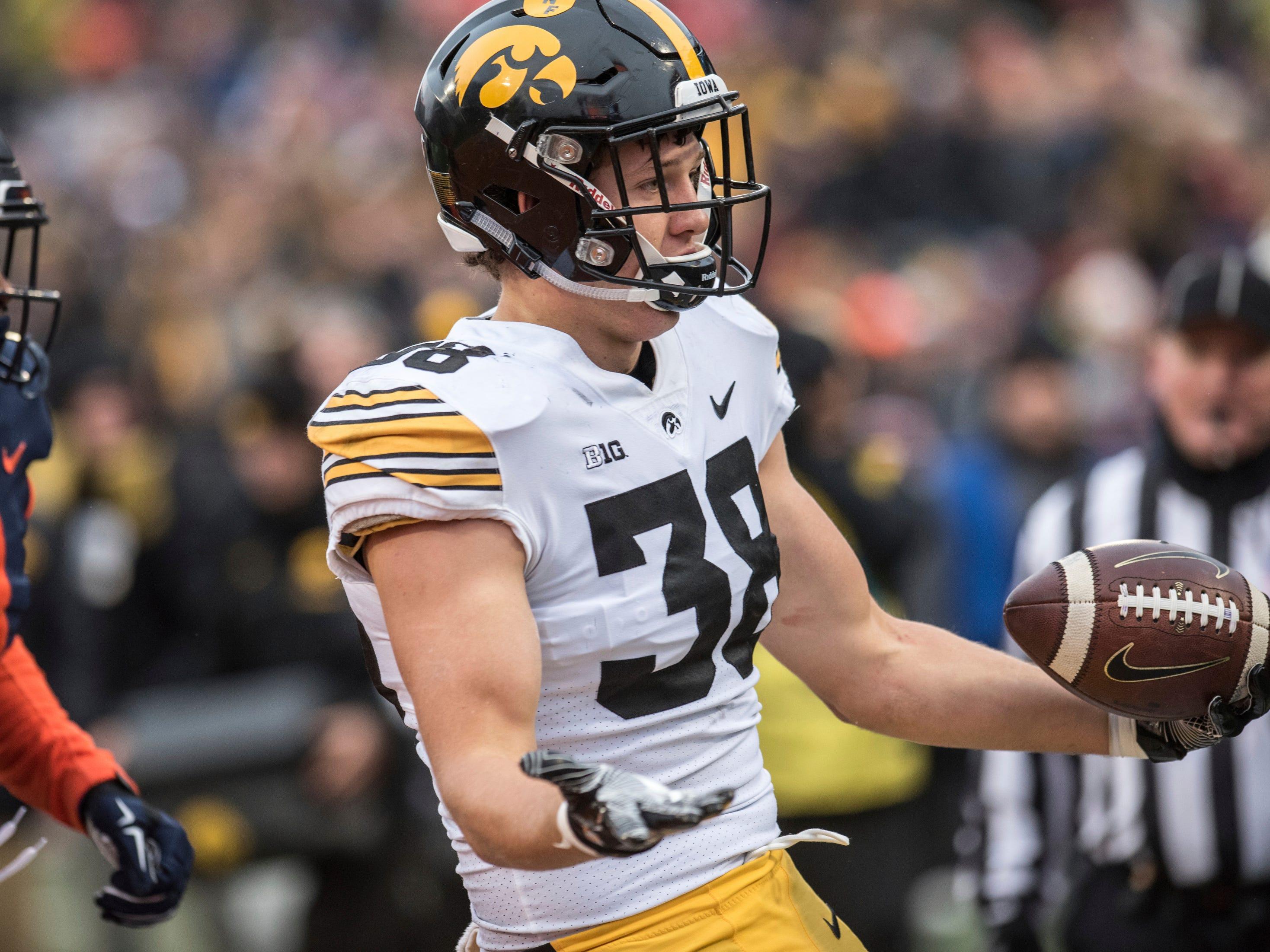 Iowa tight end T.J. Hockenson has a good chance at winning Mackey Award