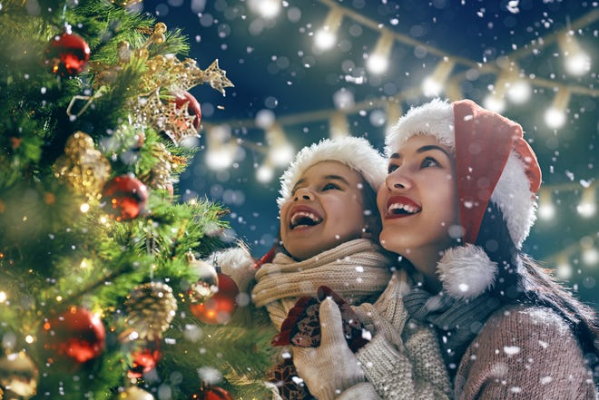 Enjoy sleigh rides, beautiful lights and more at Light Up Louisville on Nov. 23.