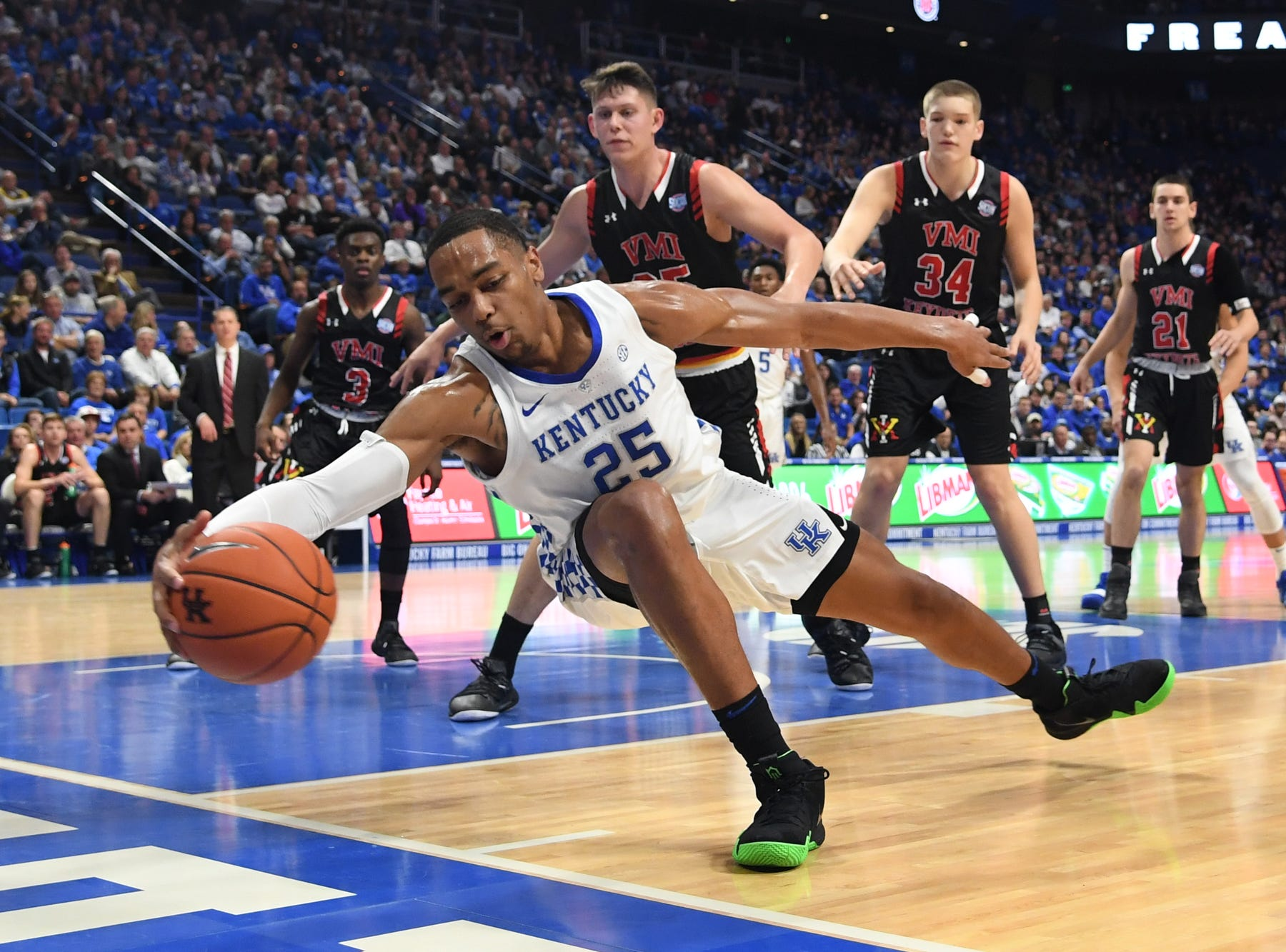 UK F PJ Washington saves the ball from going out of bounds during the University of Kentucky mens basketball game against VMI at Rupp Arena in Lexington, Kentucky on Sunday, November 18, 2018.