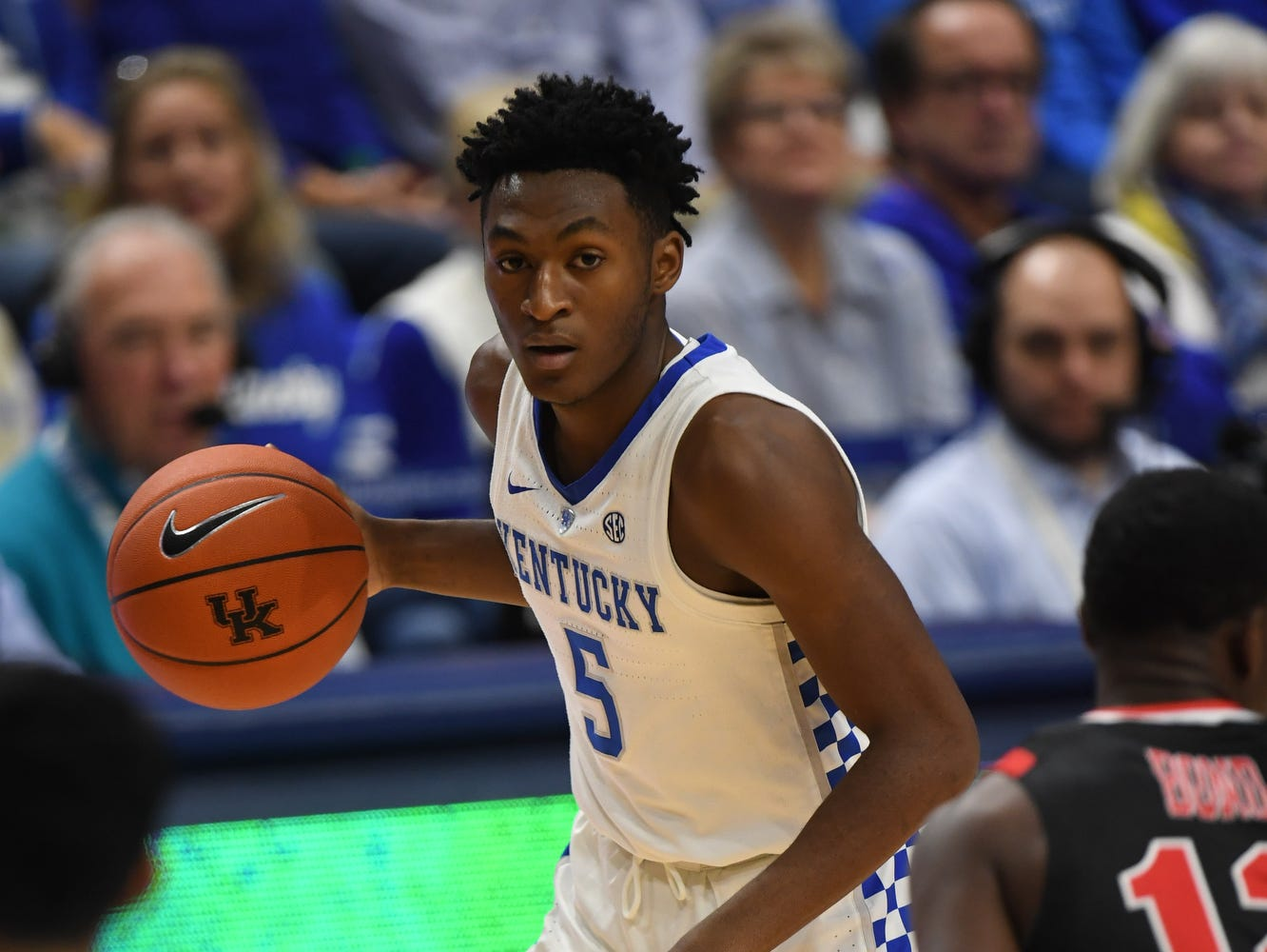 UK G Immanuel Quickley controls the ball during the University of Kentucky mens basketball game against VMI at Rupp Arena in Lexington, Kentucky on Sunday, November 18, 2018.