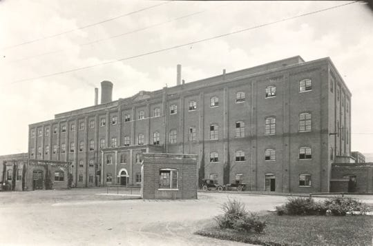 Owosso Sugar Factory, date unknown.