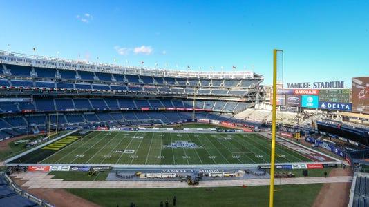 Ncaa Football Pinstripe Bowl Boston College Vs Iowa