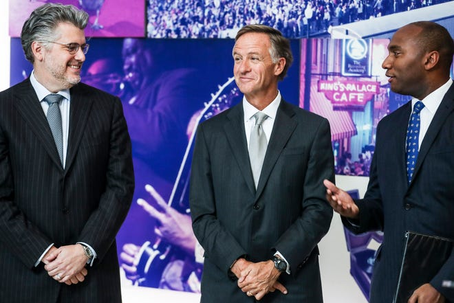 November 19 2018 - From left, Mimeo CEO John Delbridge, Governor Bill Haslam, and Shelby County Mayor Lee Harris, are seen during a press conference announcing the relocation of document and manual printer Mimeo.com from New York to Memphis.