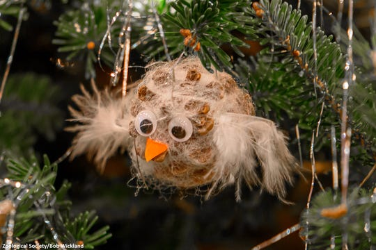 This holiday season, Milwaukee-area youth groups are decking the halls of the Milwaukee County Zoo with hundreds of handmade animal ornaments.