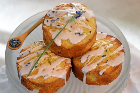 Lemon Lavender Poundcakes make a sweet party host gift.