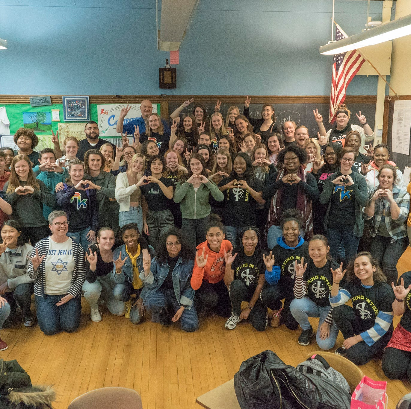 In response to Nazi salute photo from Baraboo, one Milwaukee high school wants to spread a message of love