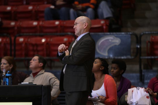 Dow announced his decision to part ways with ULM in February when his contract expired on March 31, citing his frustrations with the athletic department's struggles to compete financially in the Sun Belt Conference. In five seasons, Dow coached the Warhawks to a 44-103 overall record and 22-72 mark in the Sun Belt.