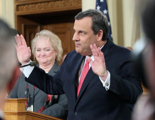 Trenton, New Jersey  --  January 12,   2016  --- The New Jersey State of the State  ---  Governor Chris Christie acknowledges applause before he delivers the State of the State to the NJ State Senate and Assembly.