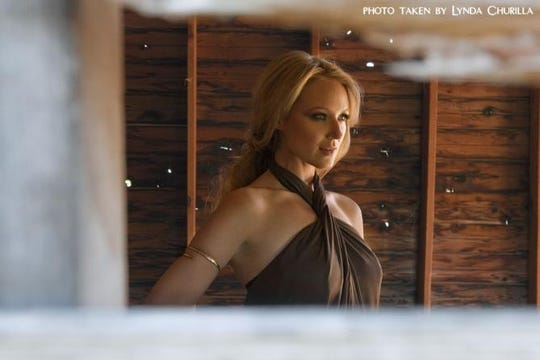 Jewel will be performing at the Wellmont in Montclair on Dec. 11.