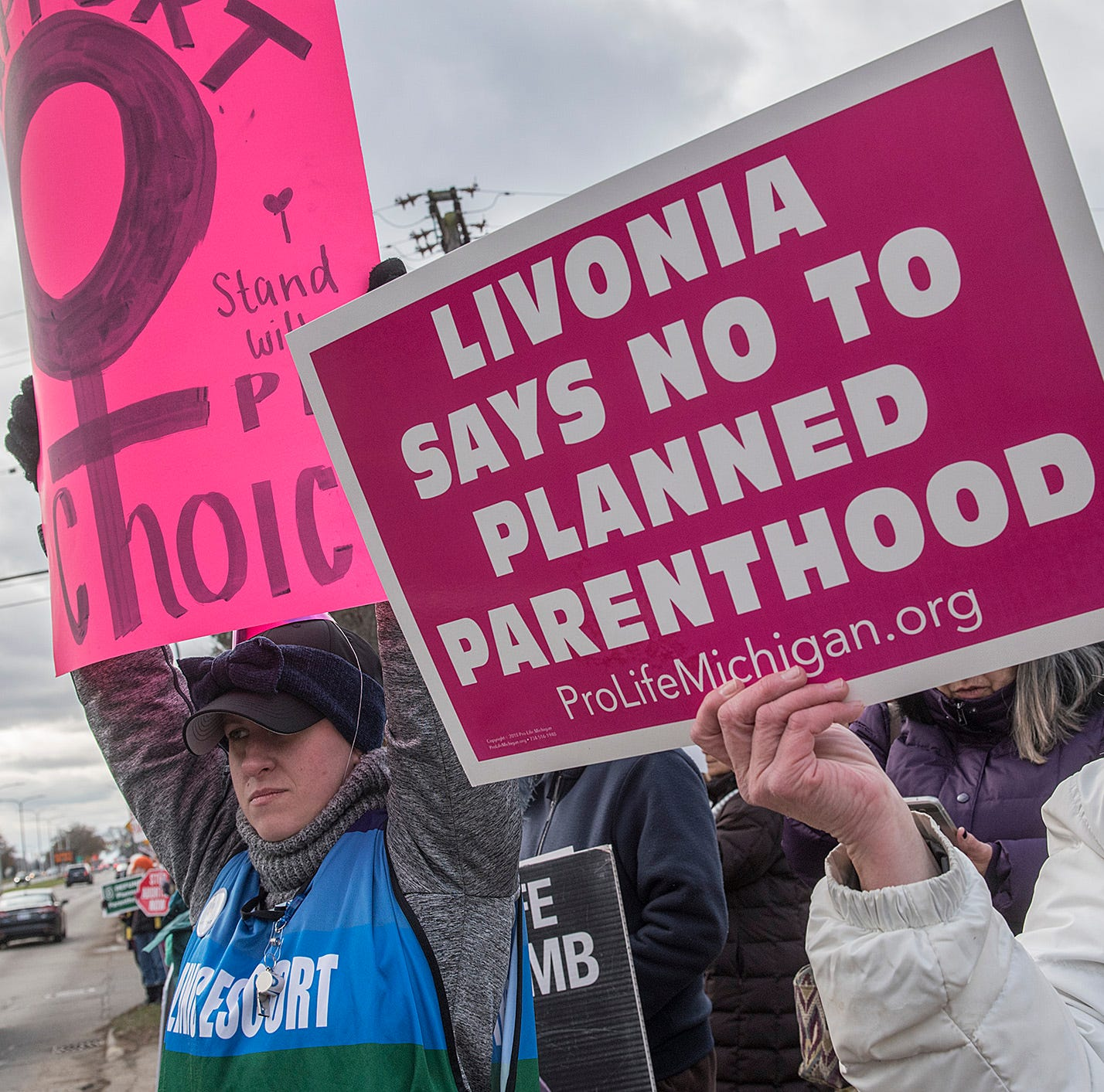 Critics, supporters take part in latest Planned Parenthood protest