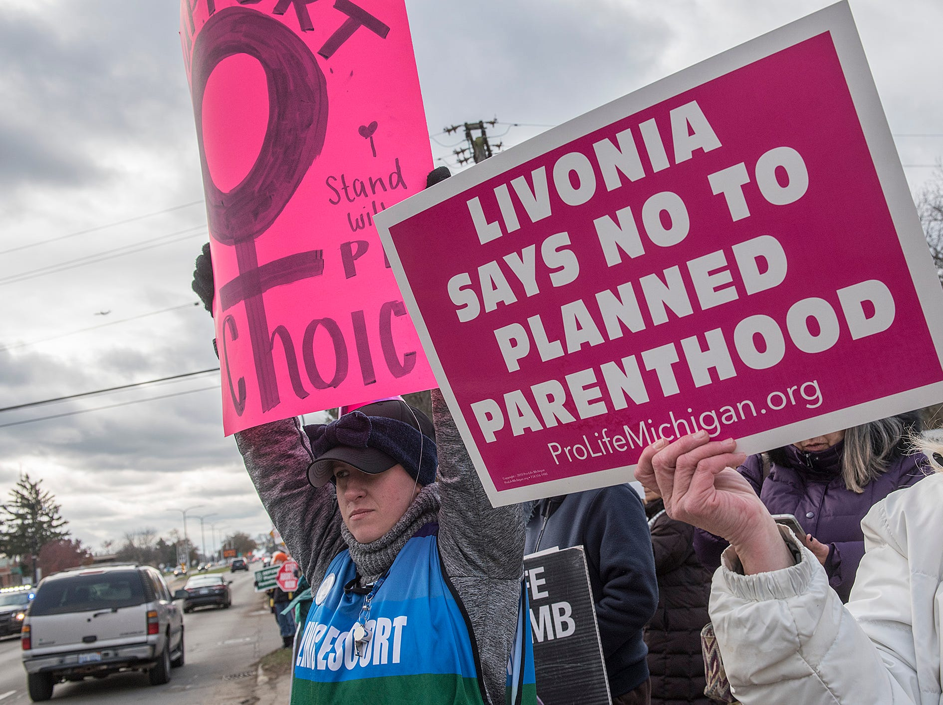 The Saturday morning protest at the Planned Parenthood facility drew people from both sides of the abortion issue.