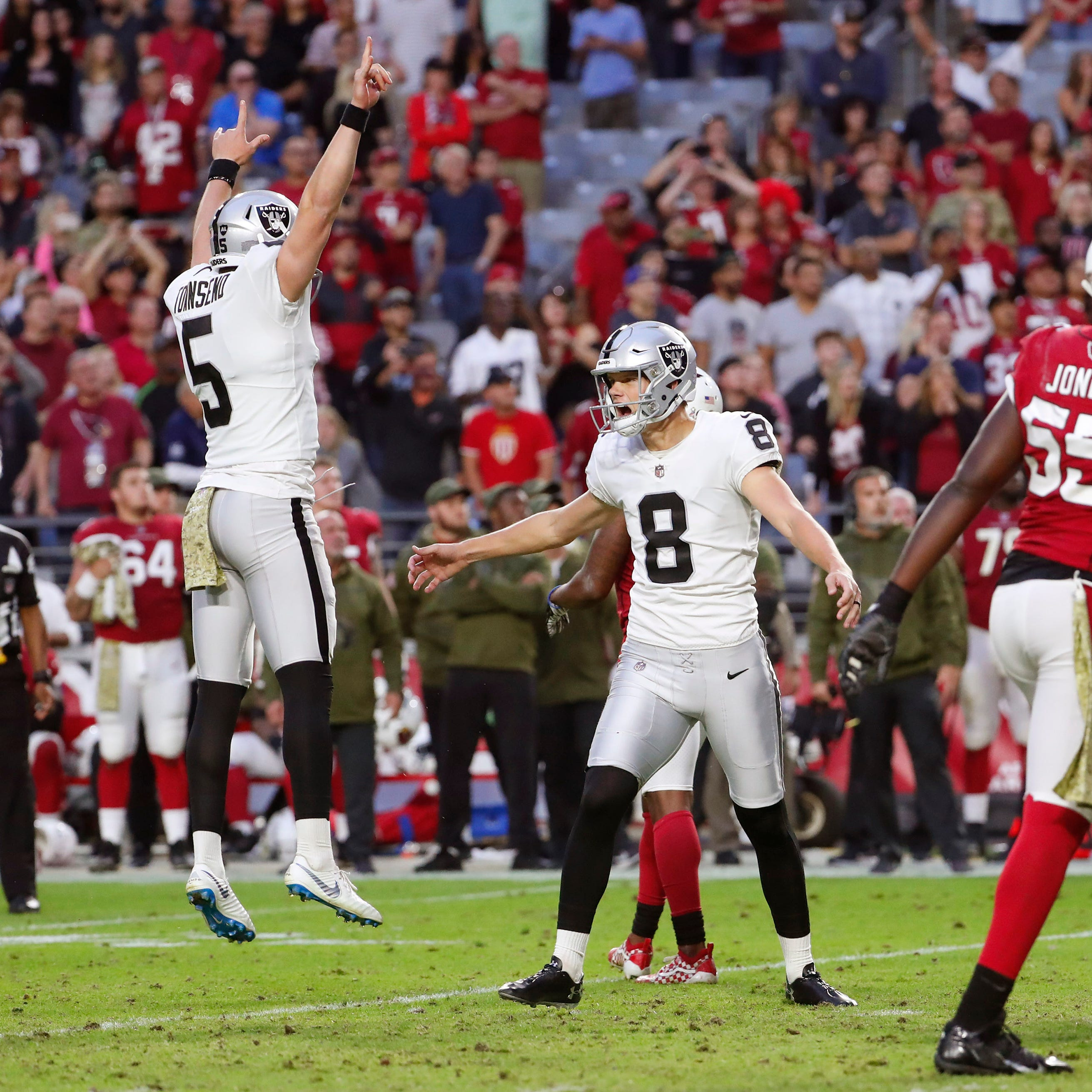 Cardinals players are to blame for loss to Raiders, not Steve Wilks