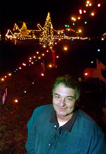 After 27 years, Donnie Webb, a retired police office, will close his public Christmas display. He thanks everyone involved over the years.
