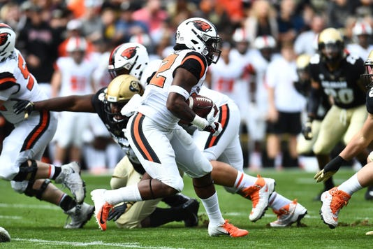 Ncaa Football Oregon State At Colorado
