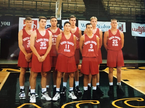Nate Malchow (middle of back row) played on South Dakota Stars summer team that finished sixth at national AAU tournament in North Carolina.