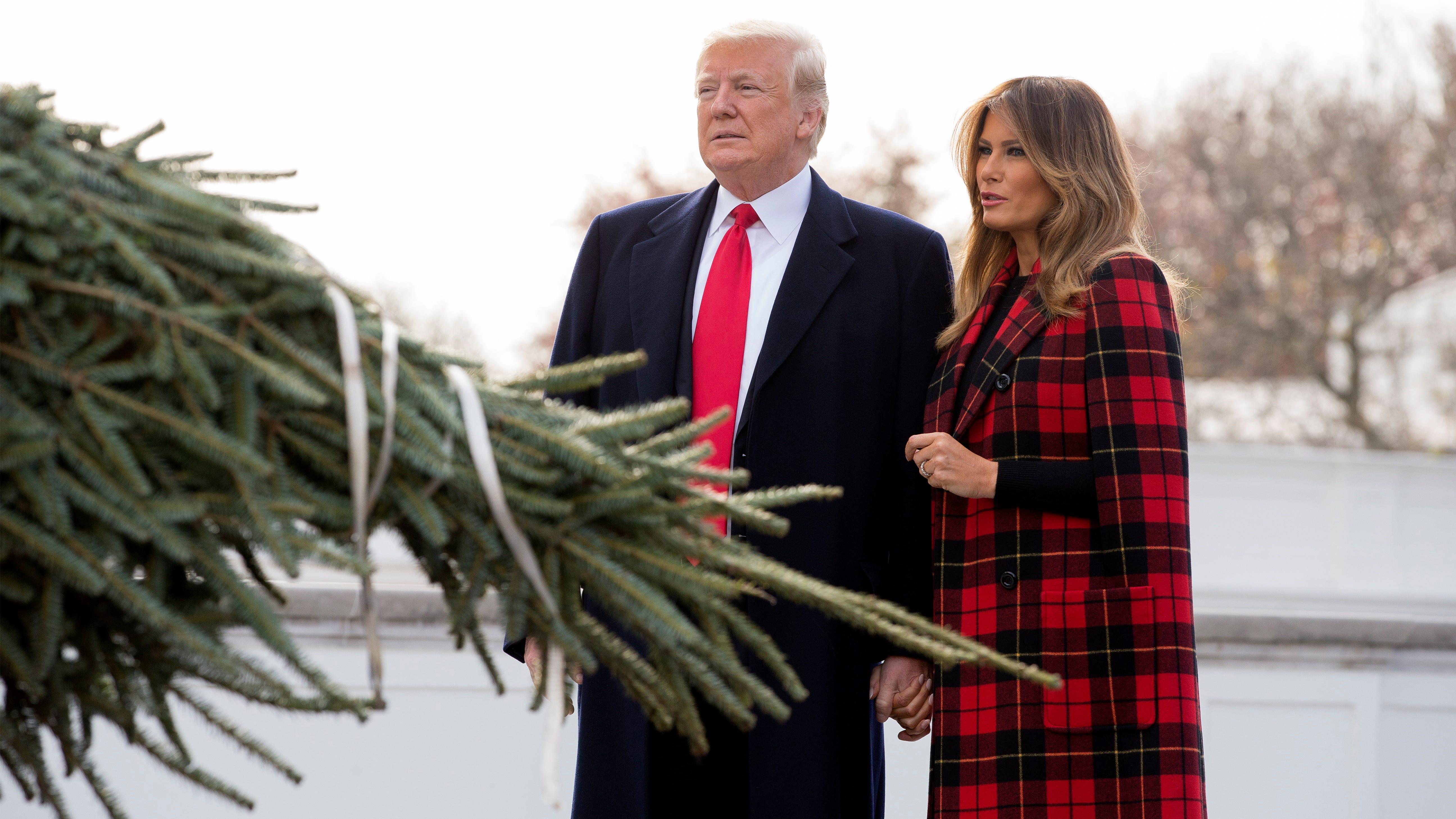 President Trump and first lady Melania Trump greet 2018 White House Christmas tree