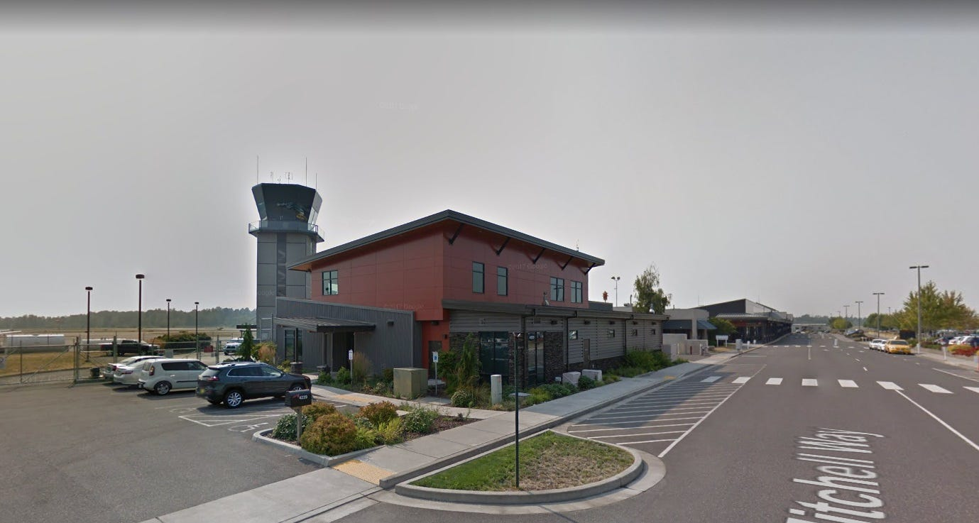 Will new airline flights in Everett hurt nearby Bellingham airport?