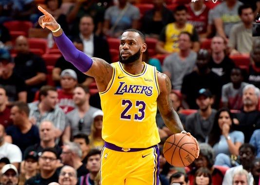 2018-11-18 LeBron James2