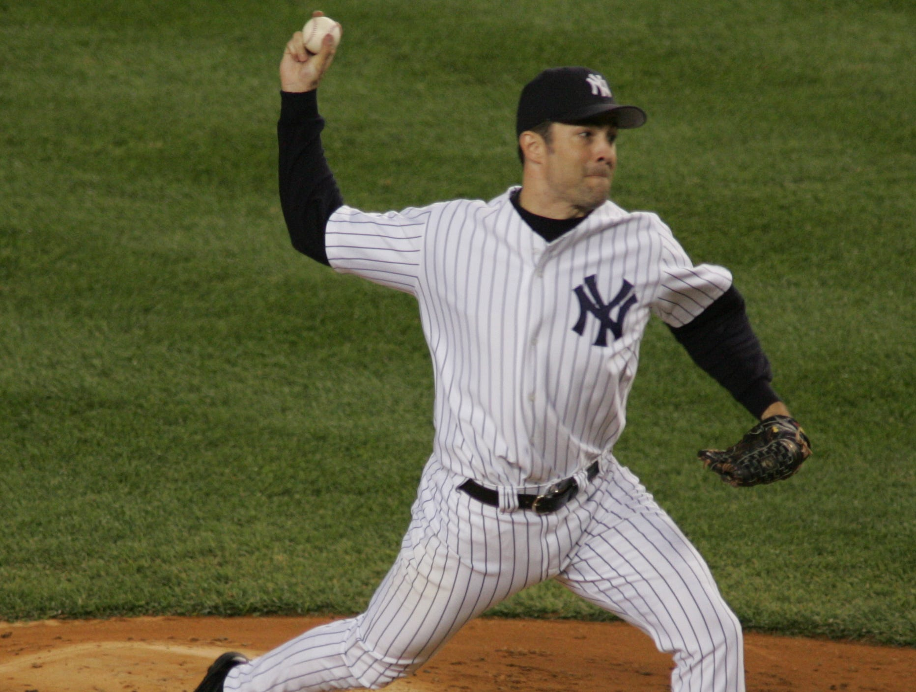 RHP Mike Mussina (6th year)