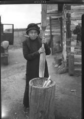 In 1929 Milwaukee Public Museum botanist Huron H. Smith sought out Oneida elders in order to learn about the place of white corn in Oneida foodways and culture.  His photograph of Laura Smith pounding corn captures a time-honored Oneida practice.