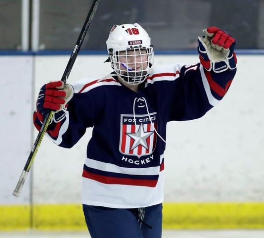 Apc Starshockey 021618 1181
