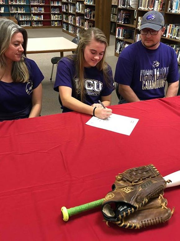 Madison's Savannah Rice signs to play softball at WCU