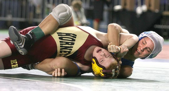 Camie Yeik wins a Mat Classic match in 2008.