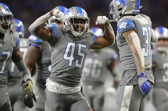 The Detroit Lions kept a glimmer of playoff hope alive after a win vs. the Carolina Panthers. But did this move them up at all in Dave Birkett's NFL power rankings?