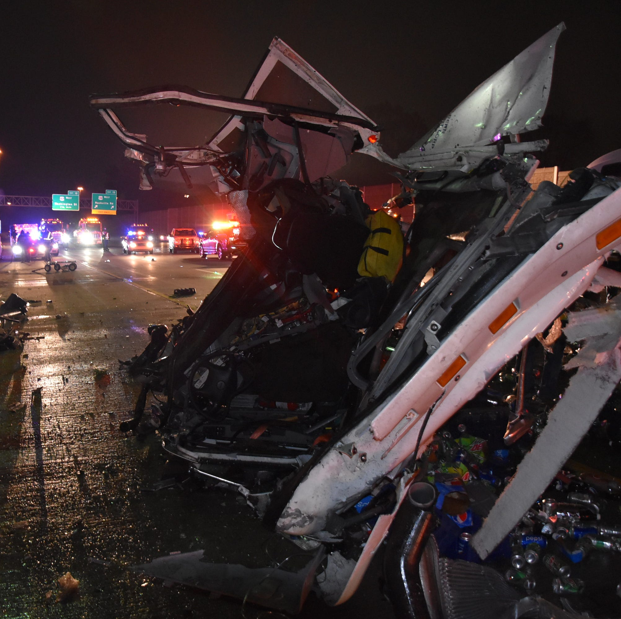1 killed, 3 critical in two serious I-465 crashes in the same location