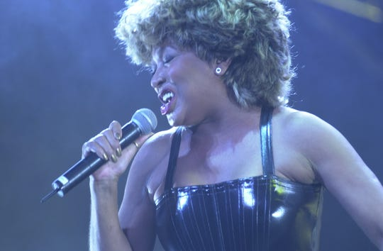 Tina Turner performs Sunday, Oct. 22, 2000, at Thompson-Boling Arena.
