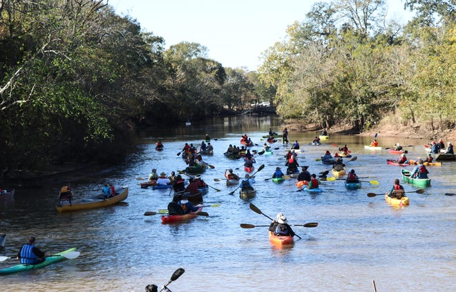 Pack and Paddle will return with its annual Black Friday Paddle as an alternative to shopping.