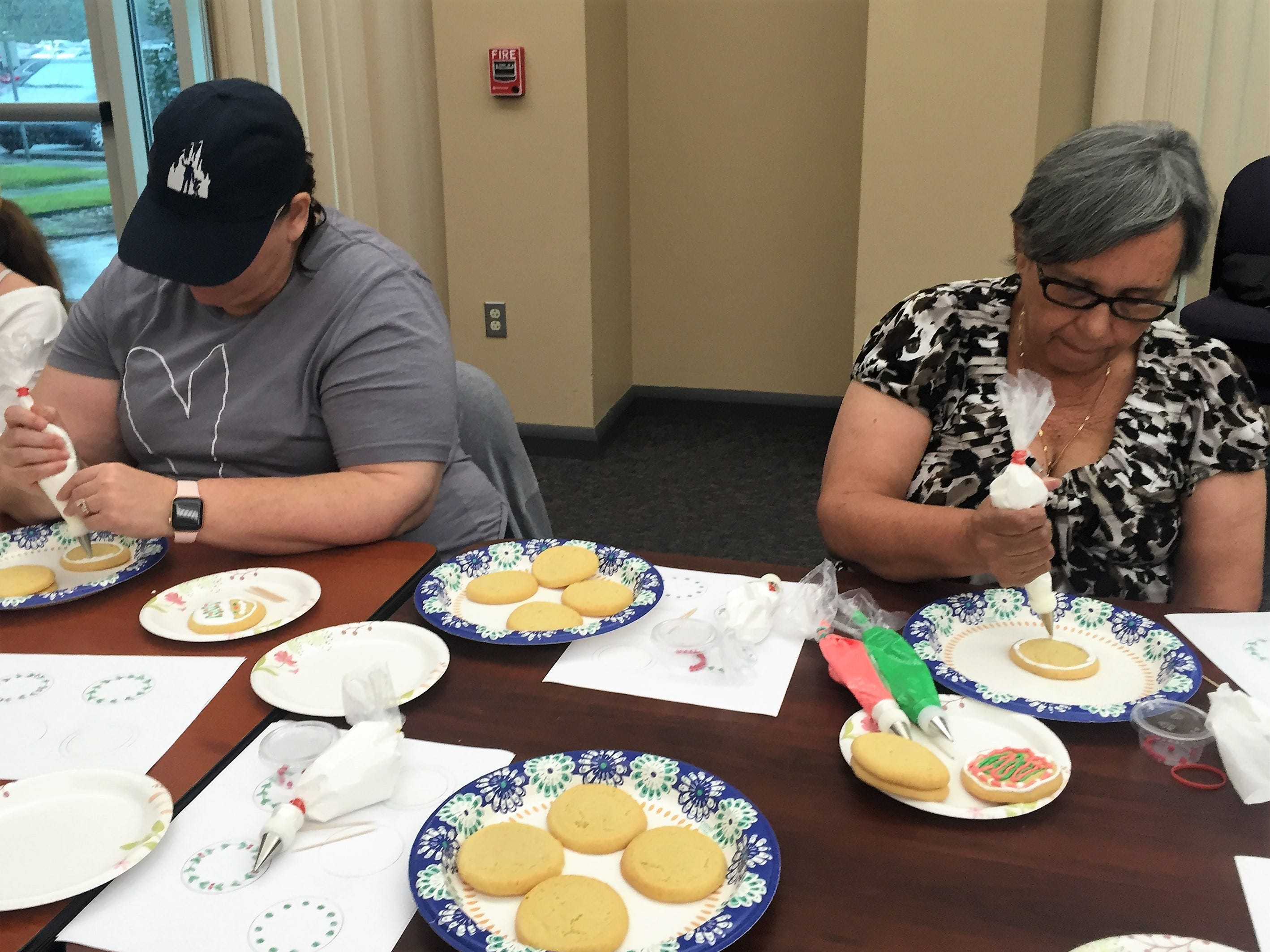 Daily Advertiser Christmas cookie decorating for kids