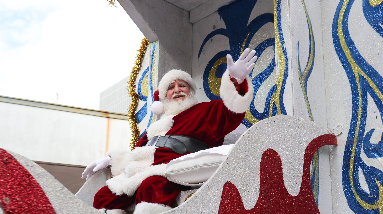 Sonic Christmas Parade lights up Lafayette