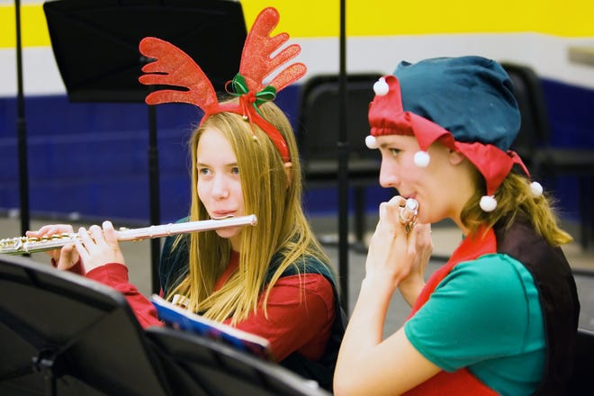 The Kettle Moraine High School Breakfast with Santa and Holiday Craft Fair invites guests to enjoy breakfast and shopping while being serenaded by holiday tunes performed by students. This year's event is 8:30 a.m. to 2 p.m. Saturday, Dec. 1, at Kettle Moraine High School,349 N Oak Crest Drive, Wales.