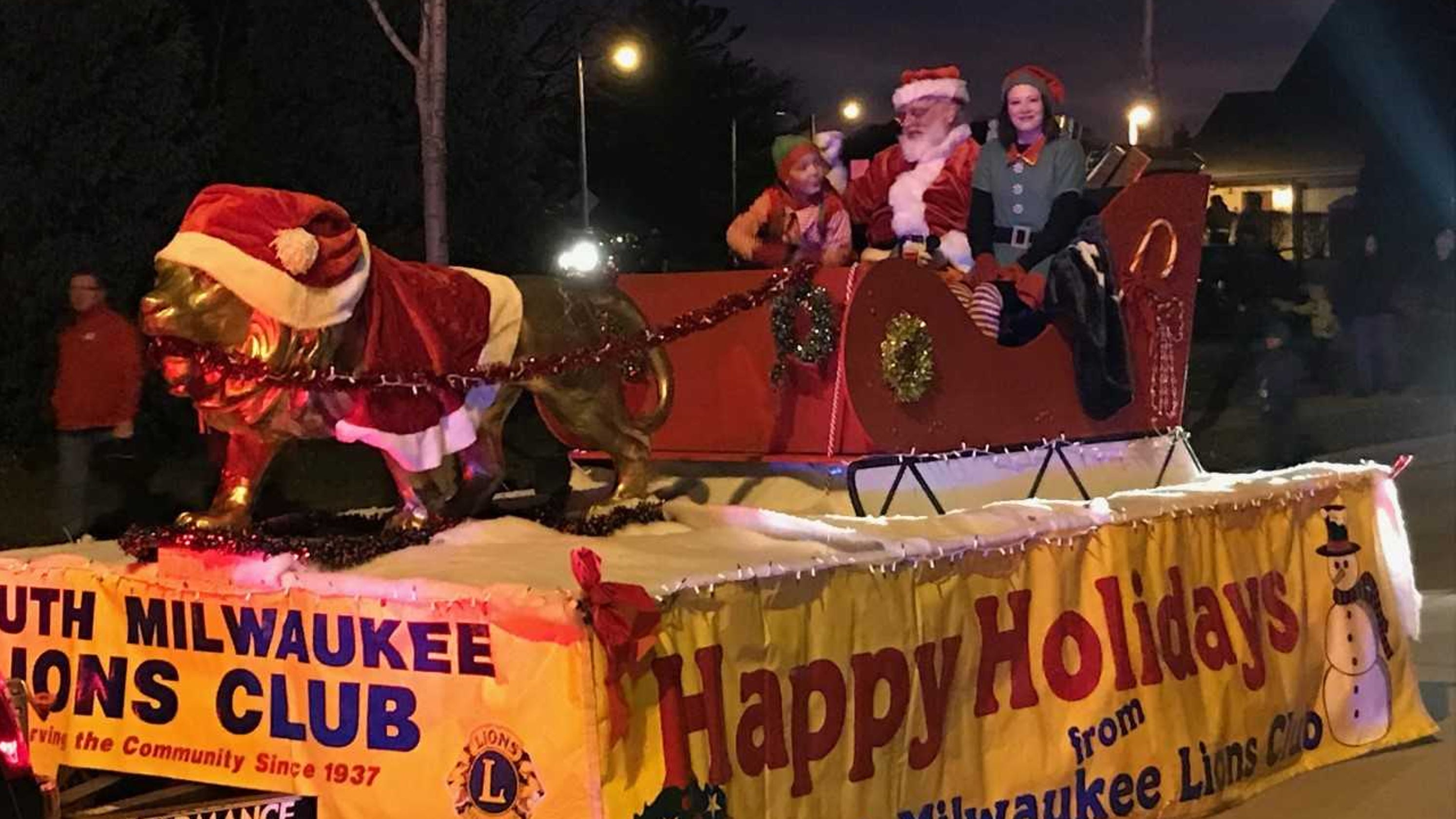 Christmas Homecoming Float.New Christmas Parades Kick Off December In St Francis And