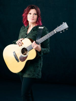 "Singer-songwriter Rosanne Cash's personal album, ""She Remembers Everything,"" informs her current tour coming to Hanford Fox."
